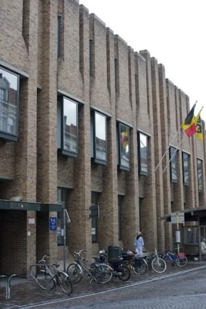 Voorgevel openbare Bibliotheek Brugge