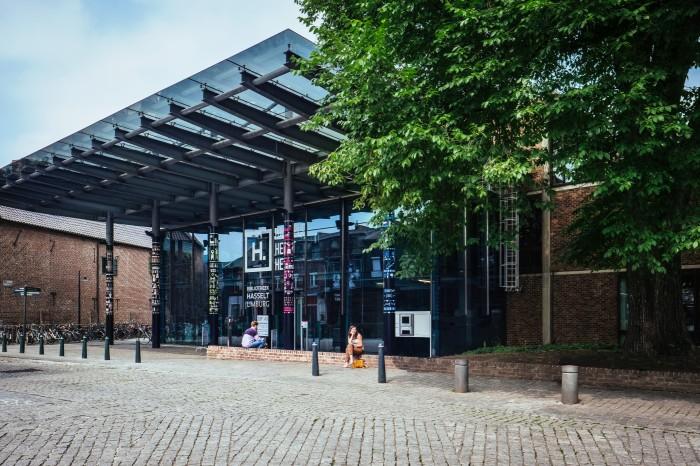 Voorgevel Bibliotheek Hasselt Limburg