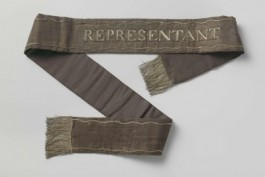 Draaglint van parlement Bataafse Republiek ca 1798 met opschrift 'Representant'
