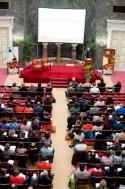 Foto van het publiek in de zaal tijdens het Groot Onderhoud 2012