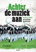 Cover van het boek Achter de muziek aan