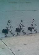 Muurschildering wandelende zakenmannen