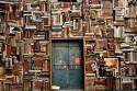 afbeelding van een muur vol boeken