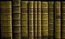 Boekbanden met vergulde rug uit de Maurits Sabbebibliotheek KULeuven